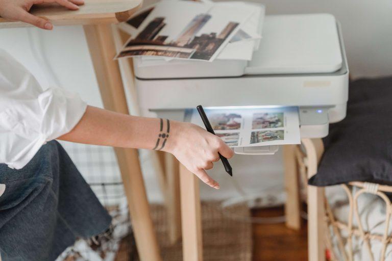 Zaschlá barva v tiskárně: Jak zachránit cartridge?